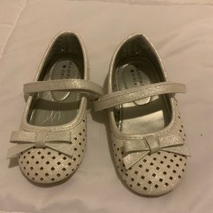 Shoes - Girls toddler shoes / silver /never worn before